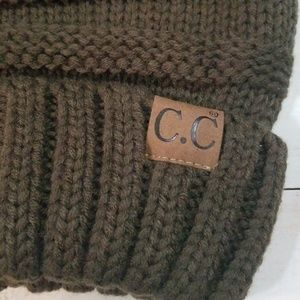 0fc3b68036f cc Accessories - 💥OLIVE CC OVERSIZE SOLID SLOUCHY BEANIE